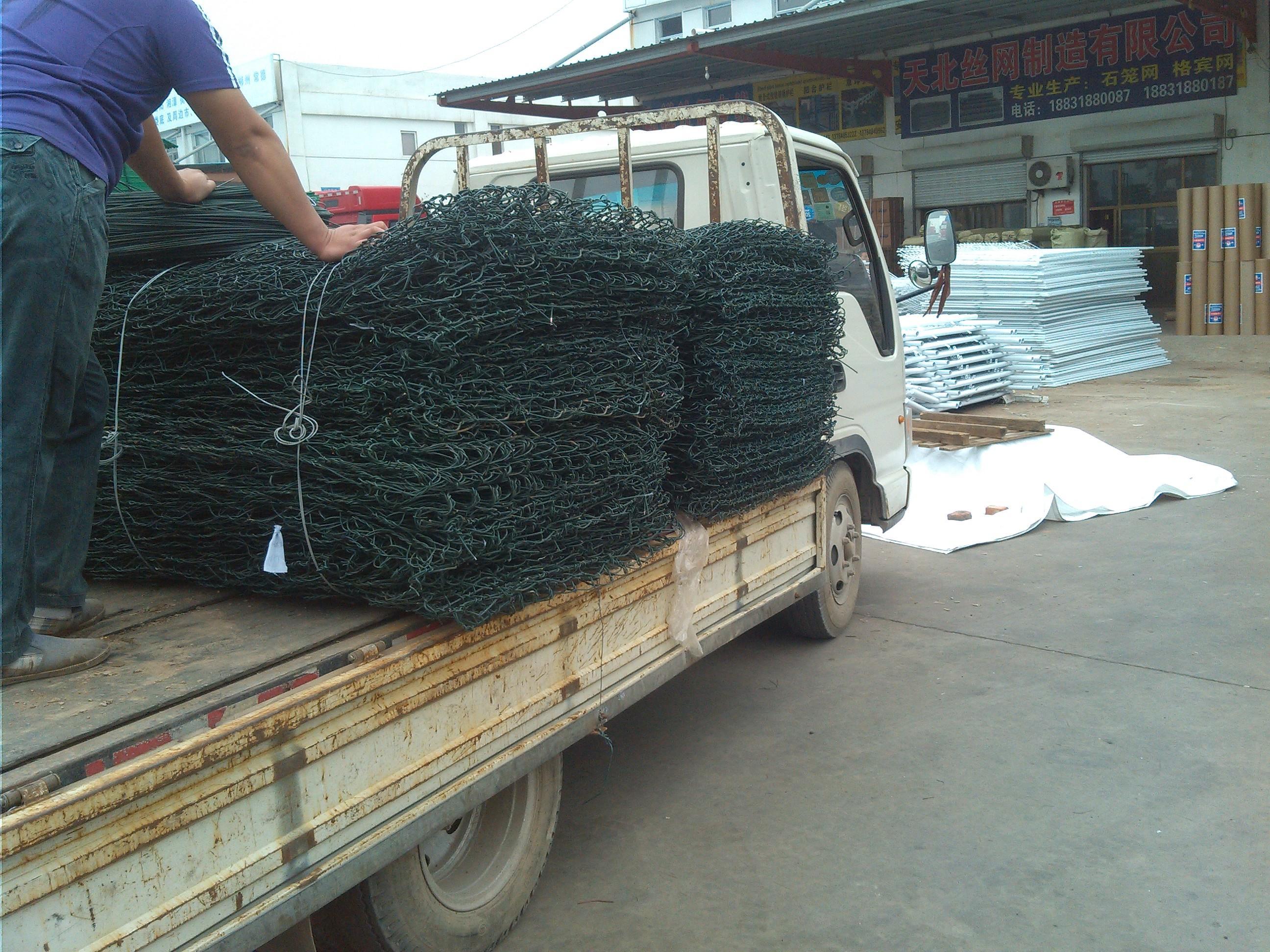 护坡石笼网格宾网雷诺护垫加筋麦克垫厂家批发价格