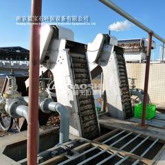 机械格栅实景安装效果图回转式格栅除污机
