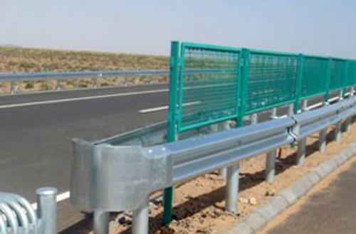 围栏 面议 供应临时护栏网 面议 供应仓库护栏网 面议 供应高速公路