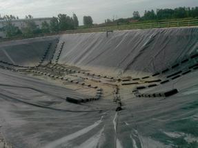 垃圾场渗滤液调节池柔性浮盖工程设计、施工、材料供应