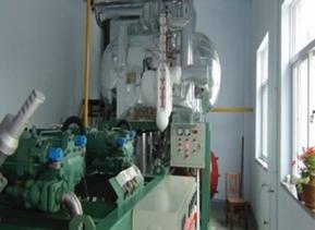 螺杆并联机组与氟利昂桶泵