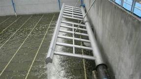 旋转式滗水器