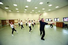 舞蹈教室专用地胶,舞蹈房专用地胶
