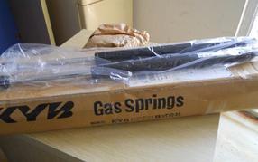 株式会社KYB氮气弹簧KPG250-70日本进口
