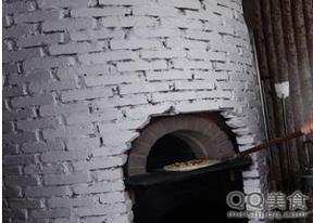 窑烤比萨炉、熔岩披萨炉
