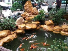 园林公司 大型黄蜡石厂家 人工鱼池造景石 驳岸石