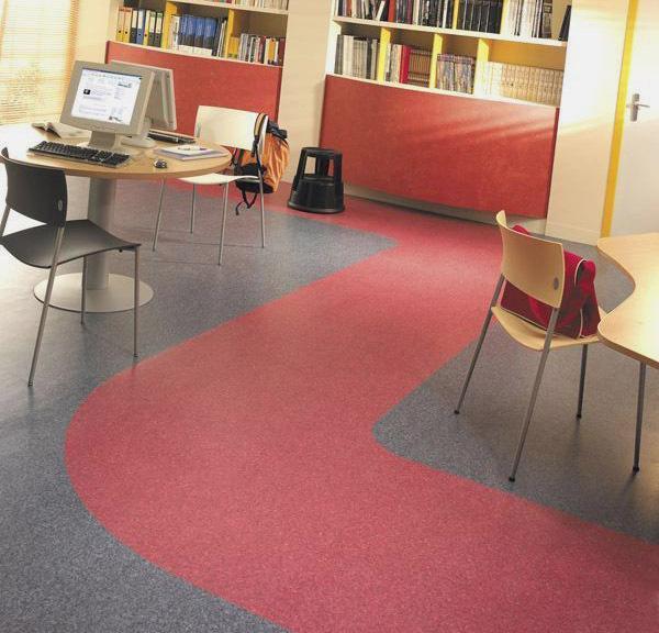 家庭装修塑胶地板