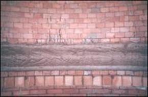 拆除砖烟囱内衬