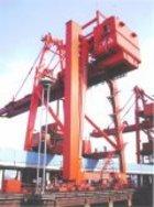 港口吊机防腐,大型行吊机防腐,卸船机钢结构除锈防腐
