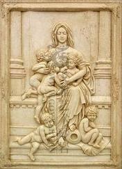砂岩圣女浮雕