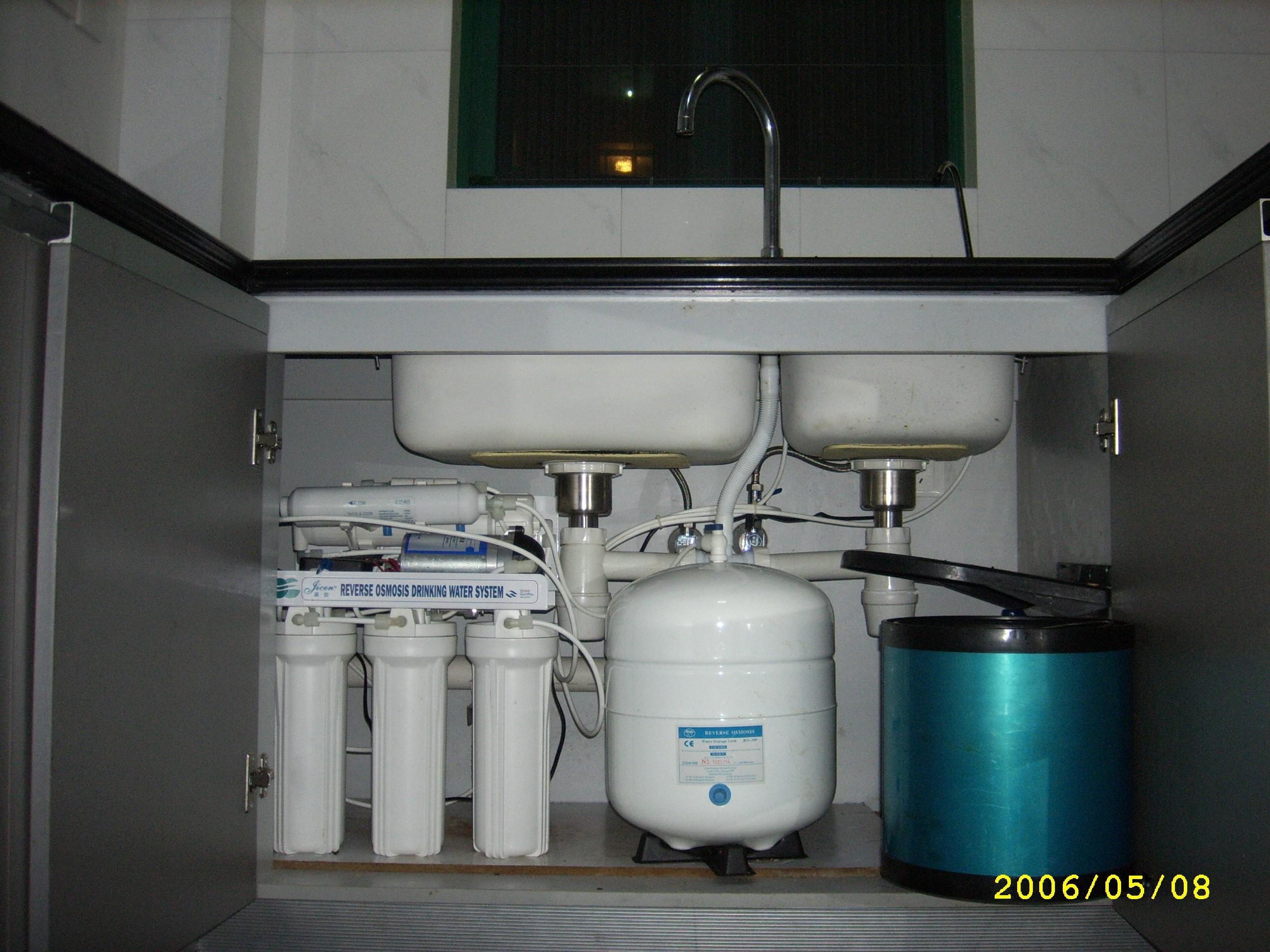 家用纯水机(逆渗透法)