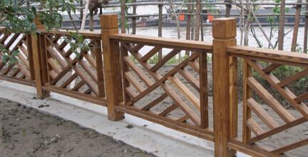 户外木栏杆:木材