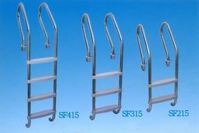 供应泳池配件美人鱼扶梯、游泳池304不锈钢爬梯
