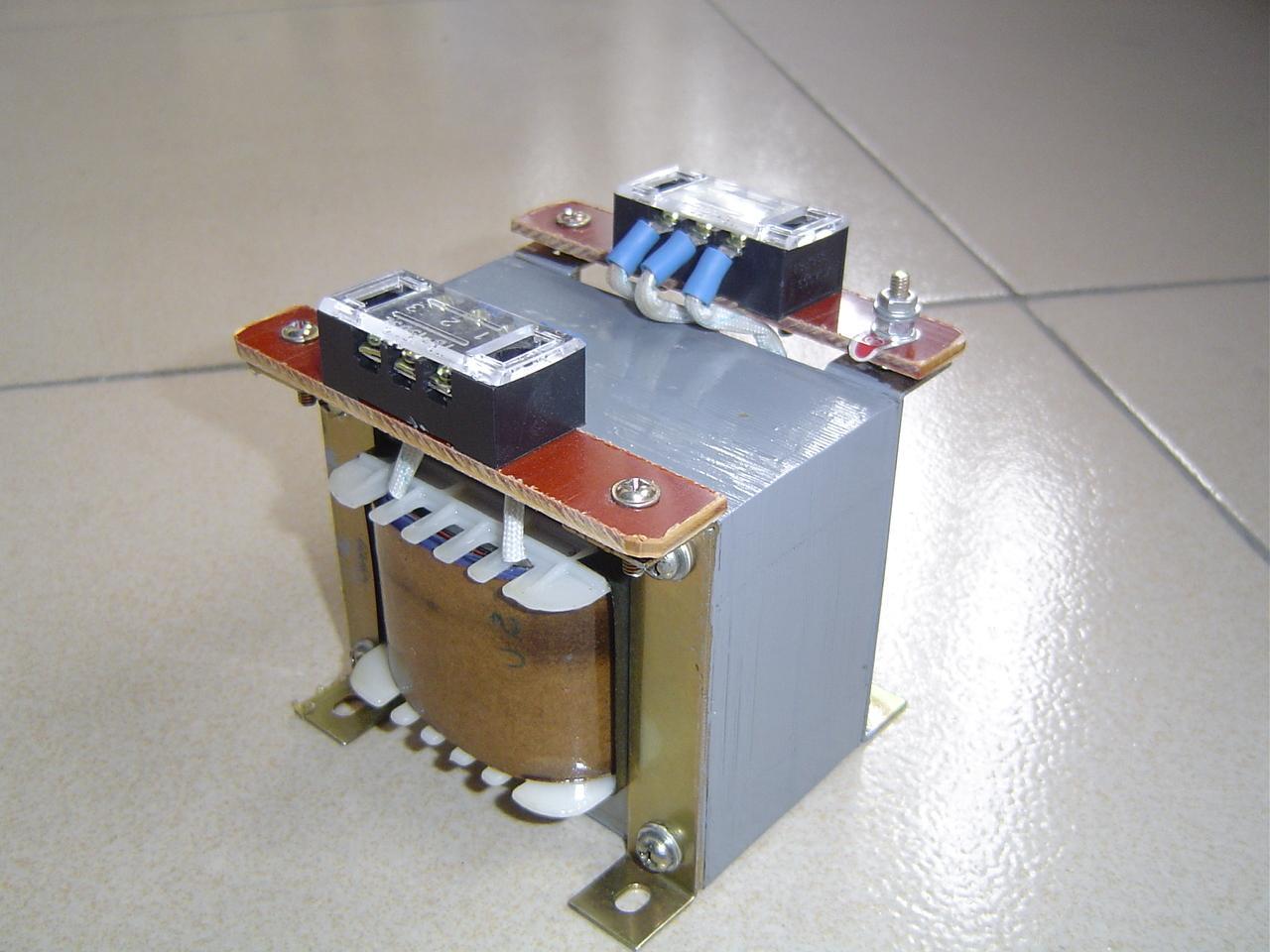 单相控制变压器