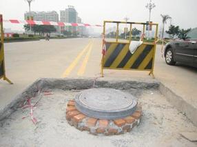 球墨铸铁换路安牌钢纤复合材料井盖改造工程