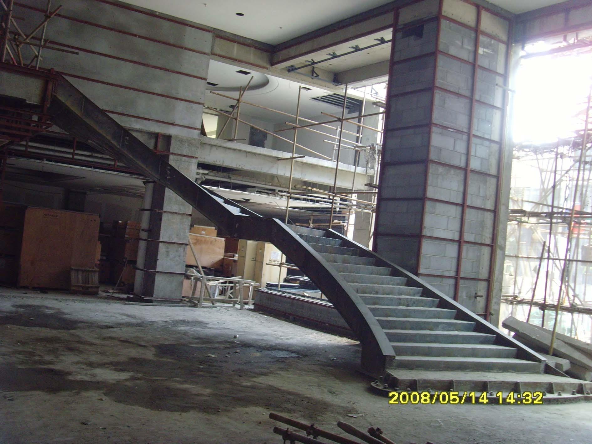 旋转楼梯钢结构骨架基础