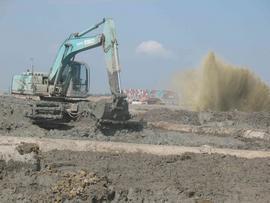 广西贵港地区清淤机械设备出租水陆挖机出租