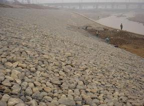 河道水利格宾网 双绞格宾笼 河床护底格宾石笼 雷诺护坡网