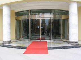 西安自动门专业安装酒店写字楼高档会所旋转门生产厂家