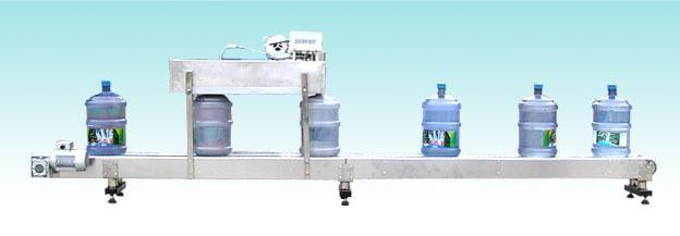买大桶水灌装机到山东青州东正包装机械有限公司