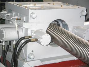 [恒昌软管]不锈钢金属水压波纹软管成型机、金属软管设备、设备