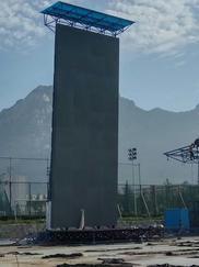东莞户外大型抱石攀岩墙建造,深圳佛山攀岩墙新报价