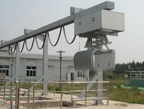 移动液压抓斗式清污机、液压式抓斗清污机、水电站回转式清污机
