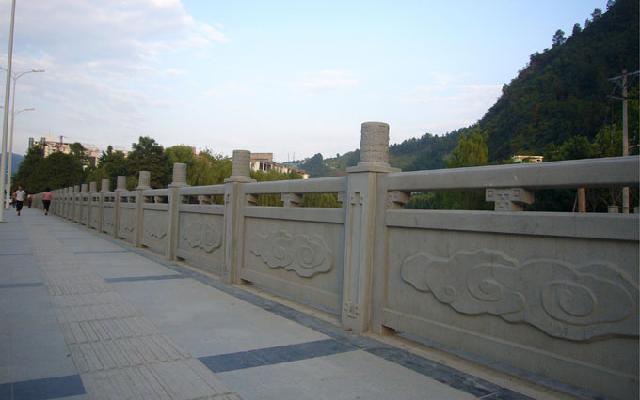 宏升仿木栏杆,铸造石栏杆