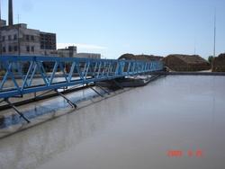 全桥周边传动刮吸泥机/刮吸泥机