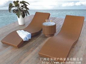 定制泳池边躺床 PE藤编沙滩椅 户外休闲躺椅