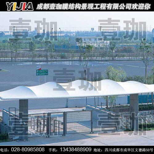 文化设施:展览中心/剧院/表演中心/水族馆等   交通设施:飞机场