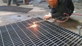 腾灿镀锌钢格板,平台钢格板,载重大免维护