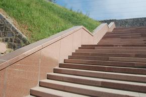红色花岗岩户外楼梯板GCPR870