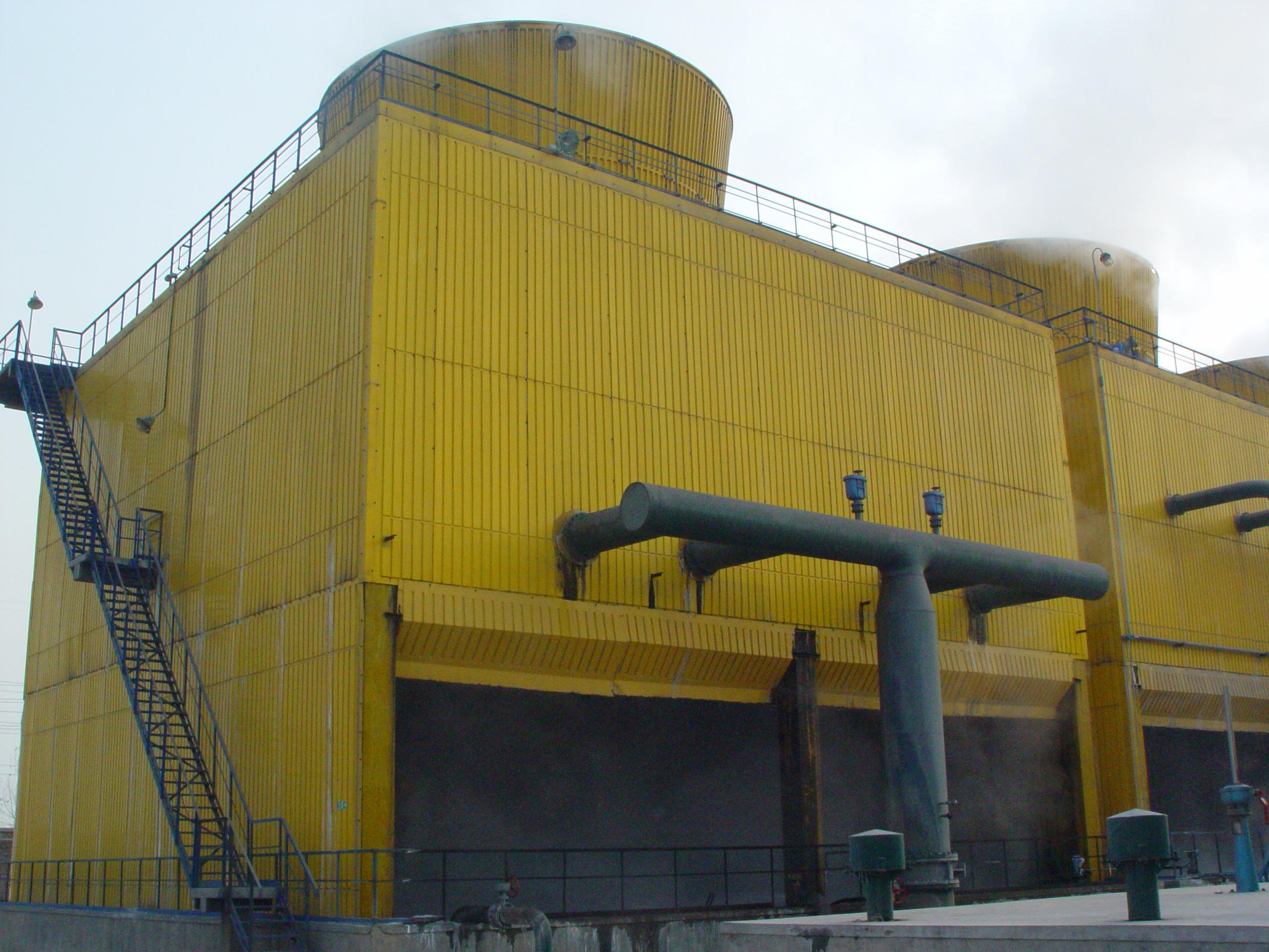一,cwlt型无填料冷却塔和填料冷却塔在结构上的主要区别    1