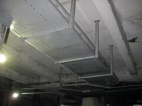 组装电缆桥架安装
