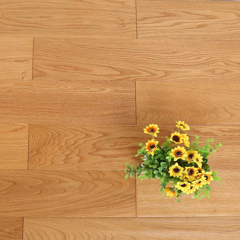 橡木多层实木复合地板 原木色