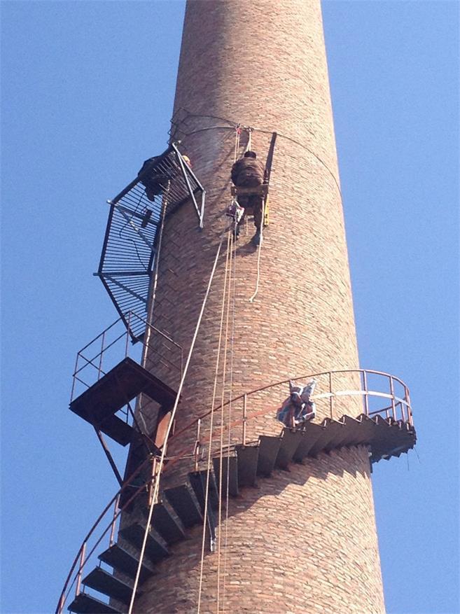 60米砖烟囱旋转爬梯设计安装公司