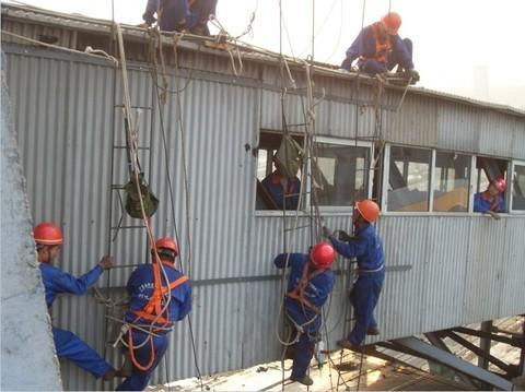 陕西蒲城电厂冷却塔图片