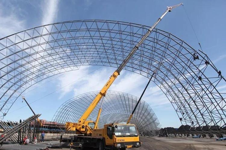 钢结构屋面,钢结构房顶安装,钢结构仓库顶棚安装,钢结构网架安装
