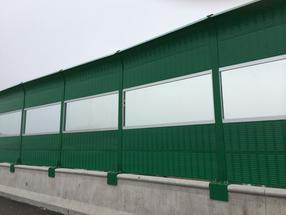 贵州高速公路铁路声屏障、环保降噪彩钢声屏障隔音墙