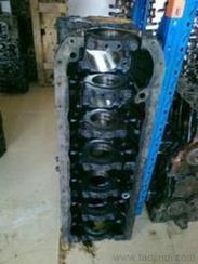 挖掘机发动机缸体