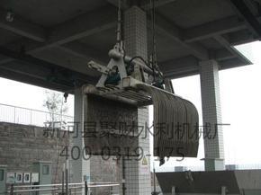 移动式液压抓斗清污机的主要用途