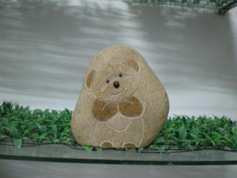 可爱小熊溪石雕刻工艺品gab481; 洞石马萨克拼图-5slm001; 石头小熊雕