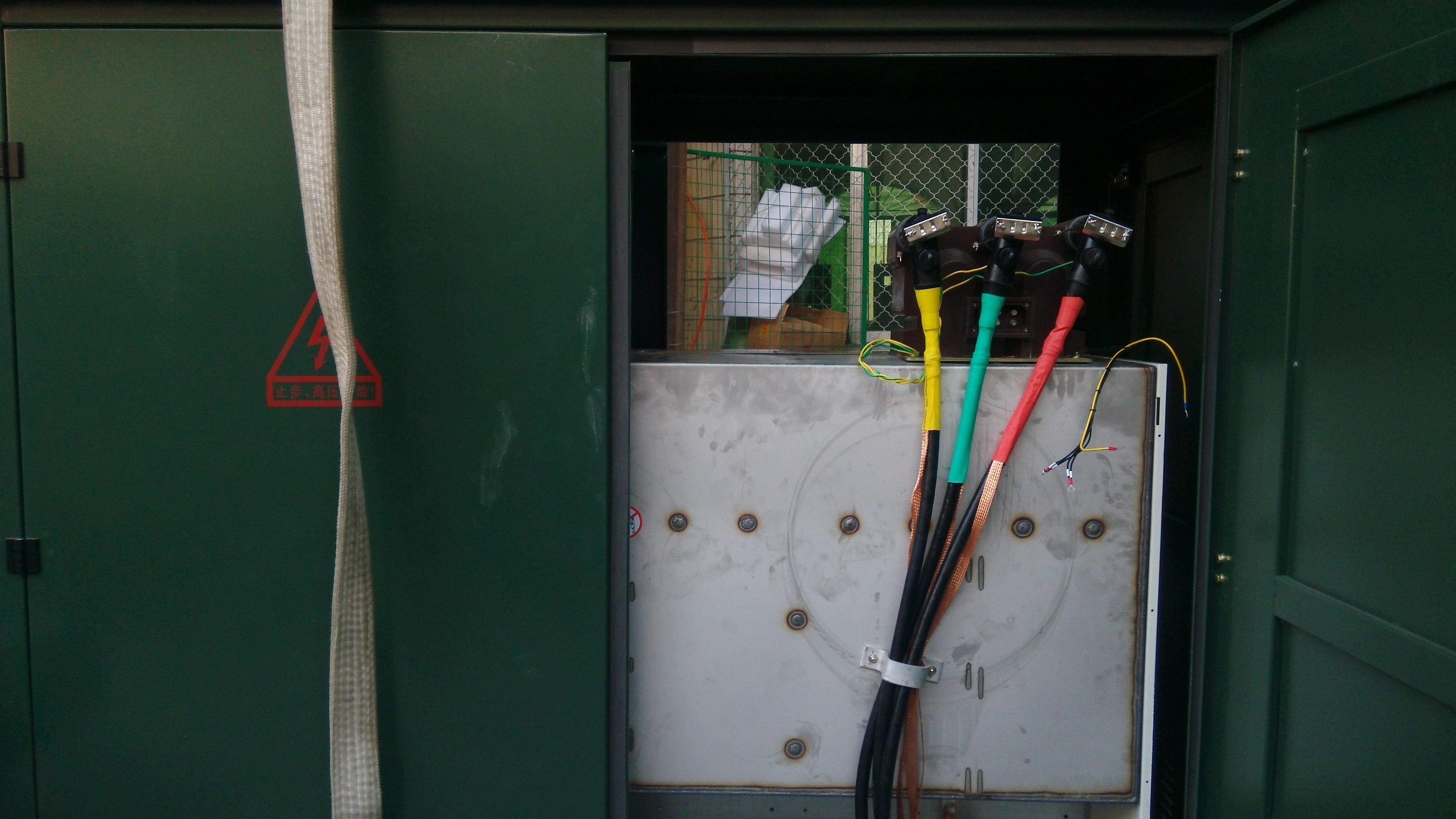 欧式电缆插拔头 避雷器 10kvpt接头