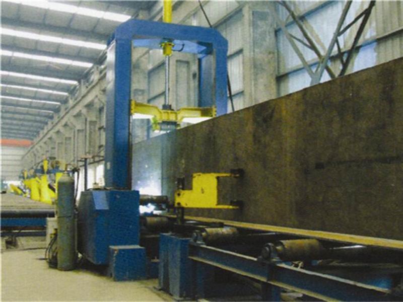 钢结构焊接设备——h型钢z15型组立机