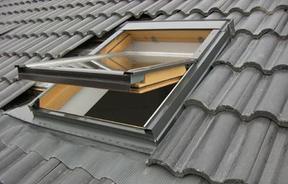 供应上虞斜屋顶天窗  阁楼窗 阳光房天窗  地下采光天窗  通道窗