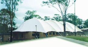广西膜结构看台车棚景观小品运动场篮网球场材料