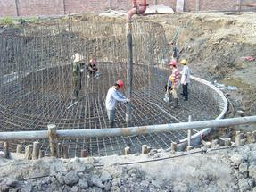 水泥烟囱建基础