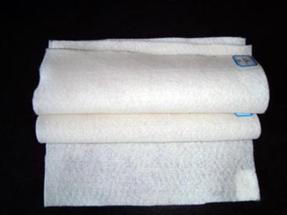 涤纶短纤土工布价格
