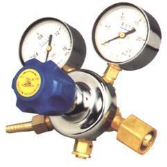氢气减压器
